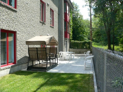 residences-personnes-agees-manoir-de-la-riviere-terrasse-4-grande